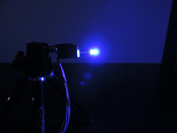 Dioda led 3mm niebieska dyfuzyjna - widok z boku