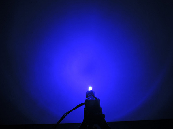 Dioda led płaska 5mm niebieska 3000 mcd 40-60st